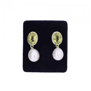 Peridot and pearl earrings